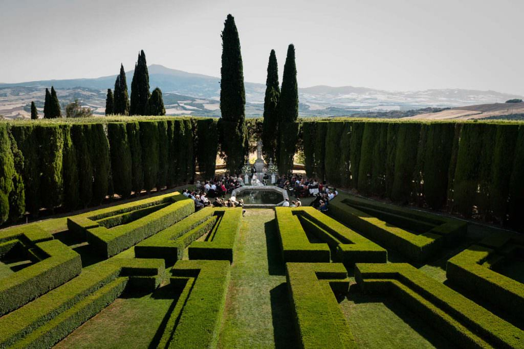 engagement photography in Toscana Italy