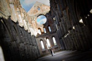 wedding photographers in San Galgano Abbey italy